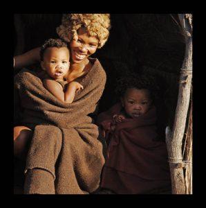 Mensen - ZaZoe Xperience - prachtige bosjesmensen