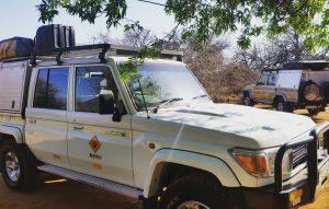 Reizen - ZaZoe Xperience - 4x4 Landcruisers klaar voor vertrek