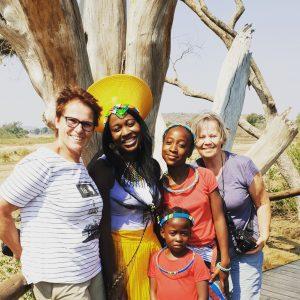 Mensen - ZaZoe Xperience - verschillende culturen ontmoeten elkaar
