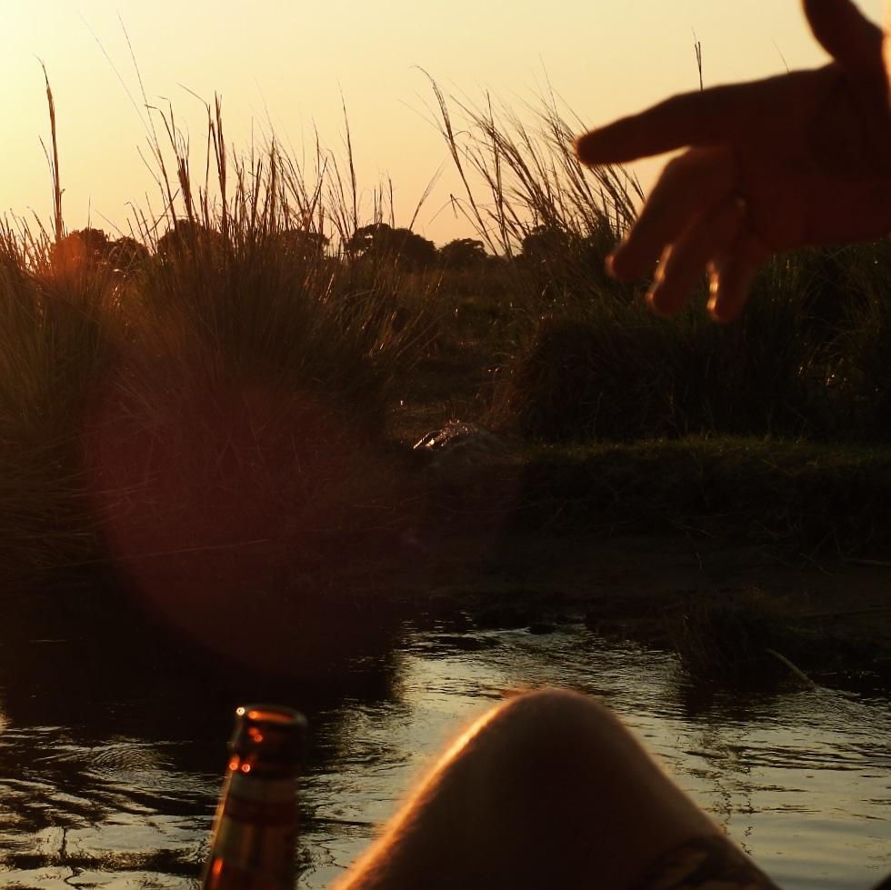 Reizen - ZaZoe Xperience - boot tijdens zonsondergang